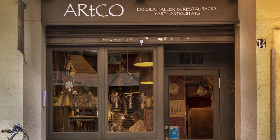 Entra y conócenos. ARtCO es un espacio para la restauración de muebles, el aprendizaje y la creación.